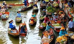 floating market cambodia